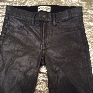 WILDFOX MARIANNE JEANS IN PRISM SIZE 27